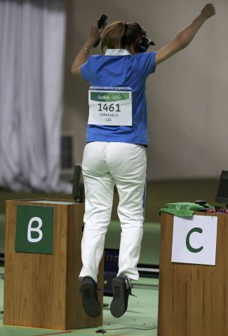 2016 08 09T194220Z 675390909 RIOEC891IQJ6M RTRMADP 3 OLYMPICS RIO SHOOTING W 25MPISTOL