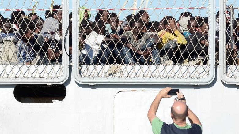Προσφυγικό: Η συμφωνία καταρρέει - Φτιάχνουν σχέδιο Β για Ελλάδα και Ιταλία
