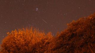 Εντυπωσιακές εικόνες από την πιο θεαματική βροχή αστεριών της δεκαετίας