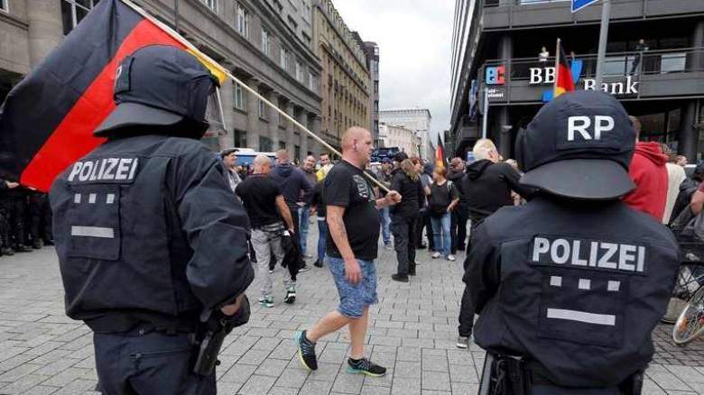 Συλλήψεων συνέχεια στη Γερμανία και ενίσχυση της αντιτρομοκρατικής νομοθεσίας