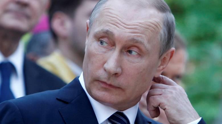 Πούτιν προς ΕΕ και ΗΠΑ: Συμμαζέψτε τους Ουκρανούς