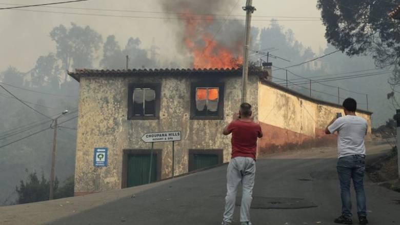 Χείρα βοηθείας από την Ευρώπη για να αντιμετωπίσει τις πυρκαγιές ζητά η Πορτογαλία