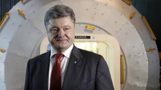 Ποροσένκο: Εξωφρενικές οι κατηγορίες της Ρωσίας