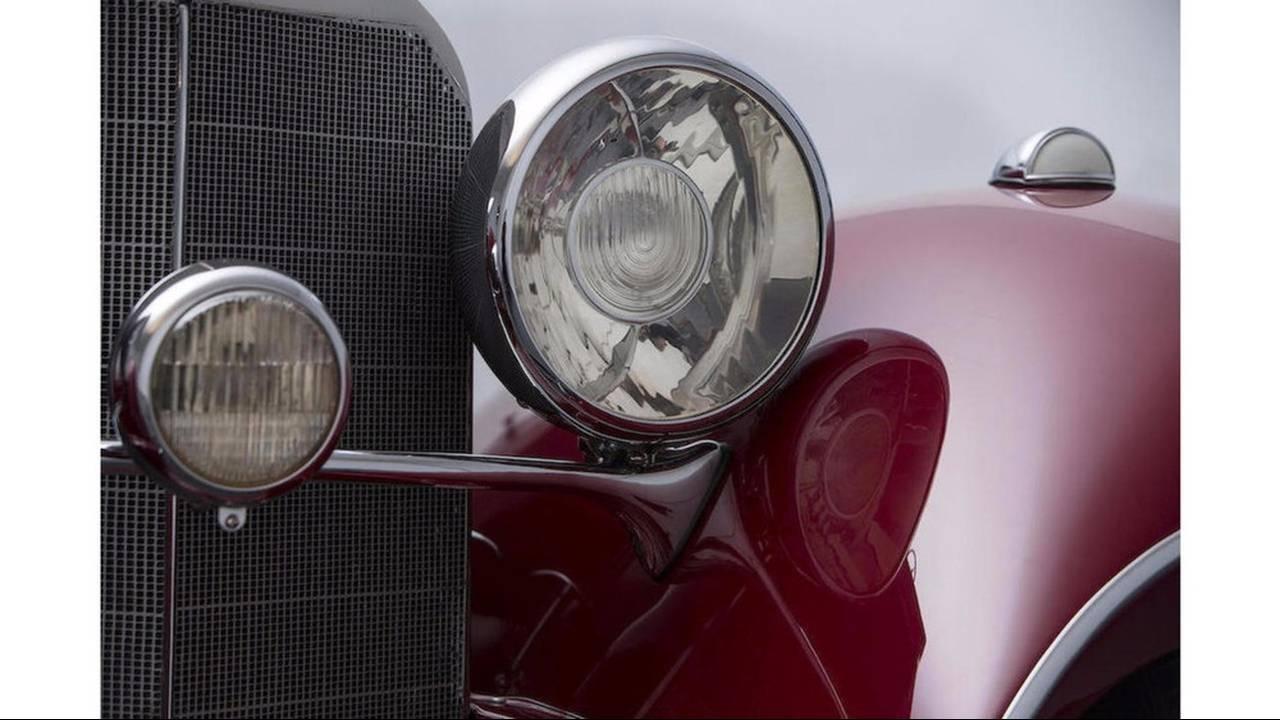 https://cdn.cnngreece.gr/media/news/2016/08/11/42411/photos/snapshot/MERCEDES-BENZ-500K-SPECIAL-ROADSTER-1935-13.jpg