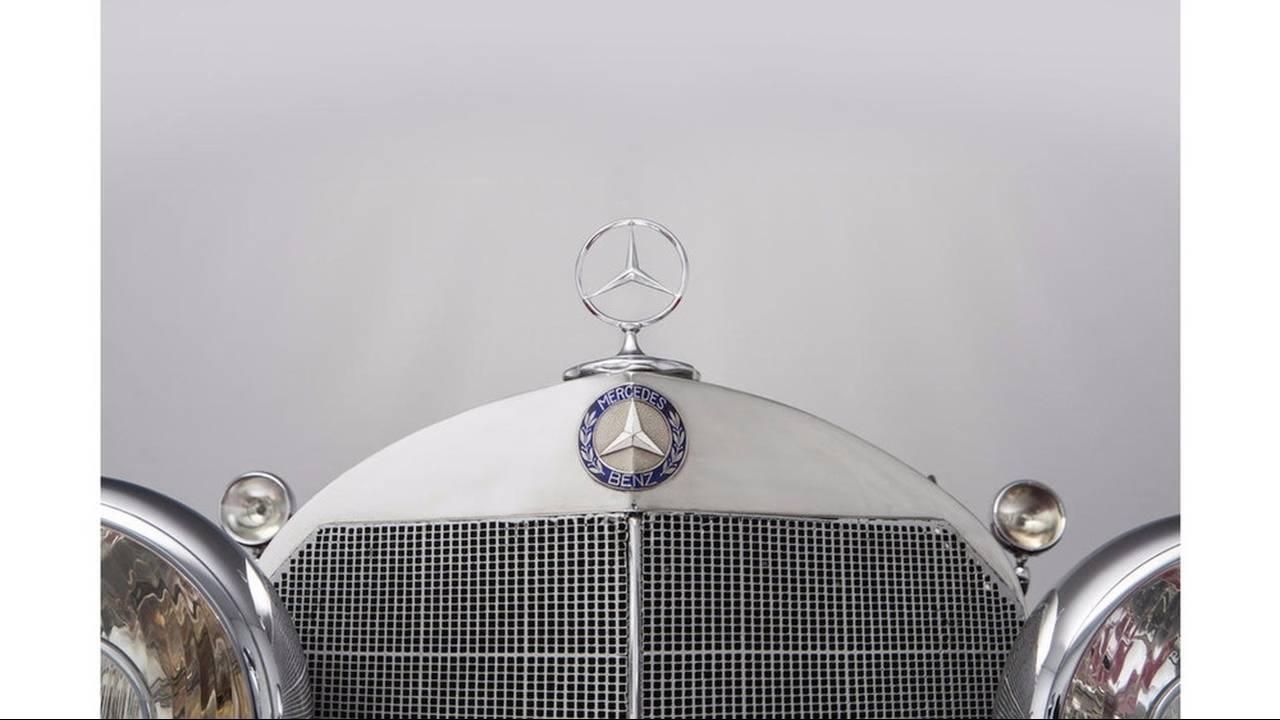 https://cdn.cnngreece.gr/media/news/2016/08/11/42411/photos/snapshot/MERCEDES-BENZ-500K-SPECIAL-ROADSTER-1935-28.jpg