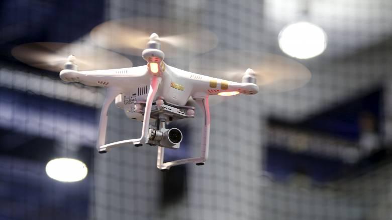 Σε drones μεγέθους εντόμου επενδύει ο βρετανικός στρατός