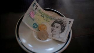 Βρετανία: 4.5 δισ. στερλίνες στοίχισε η κάλυψη χρηματοδοτικού κενού σε παιδεία και υγεία