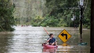 Τρεις νεκροί από τις πλημμύρες και κατάσταση έκτακτης ανάγκης στη Λουιζιάνα