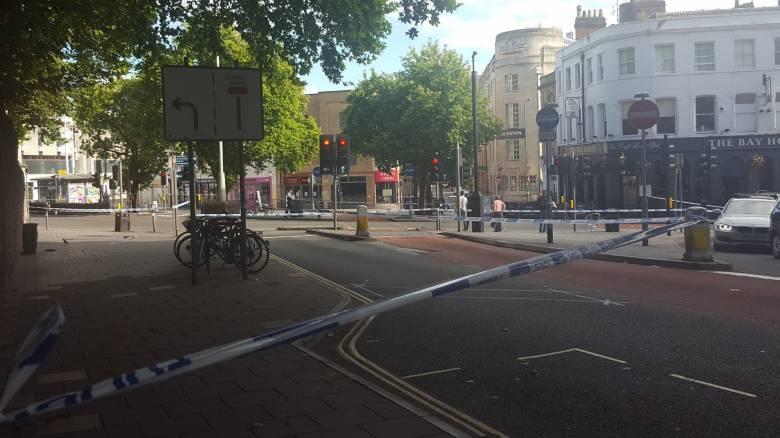 Συναγεργμός στο Μπρίστολ της Βρετανίας με ύποπτο όχημα