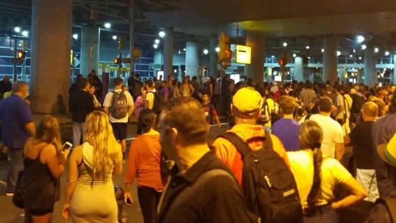 Αναστάτωση στο αεροδρόμιο «Τζον Κένεντι» στις ΗΠΑ μετά από αναφορές για πυροβολισμούς