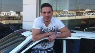 Αυτό είναι το αυτοκίνητο με το οποίο κυκλοφορεί ο Χρυσός Ολυμπιονίκης Λευτέρης Πετρούνιας