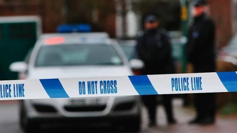 Συνελήφθη άνδρας που κυκλοφορούσε οπλισμένος στους δρόμους του Λονδίνου