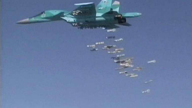 Η Ρωσία συνεχίζει για τρίτη μέρα τους βομβαρδισμούς στη Συρία