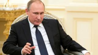 Στην Κριμαία ο Πούτιν εν μέσω έντασης με την Ουκρανία