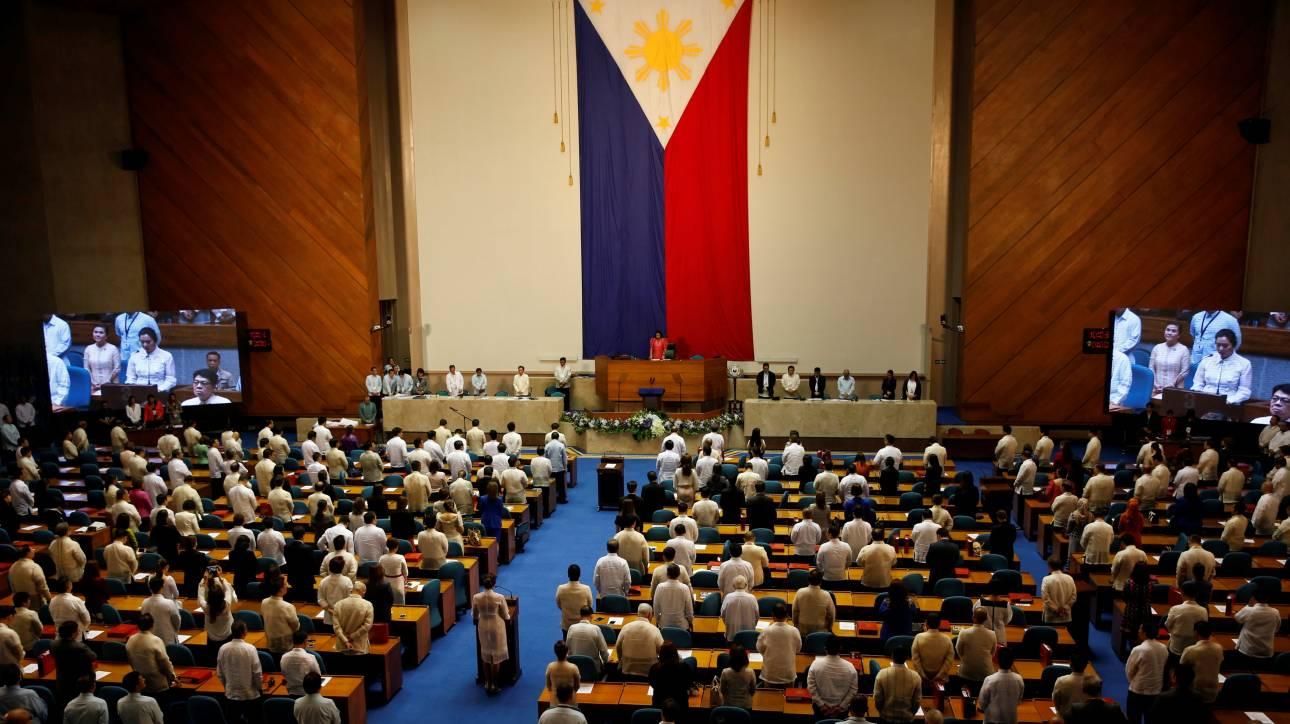Κατάπαυση πυρός φέρνει η ελπίδα για ειρήνη στις Φιλιππίνες