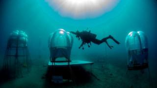 Ιταλοί καλλιεργούν λαχανόκηπο στον βυθό της θάλασσας