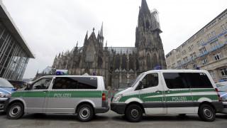 Φόβοι για χτύπημα στο Βερολίνο - Συστάσεις στους πολίτες για αποθήκευση τροφίμων & νερού