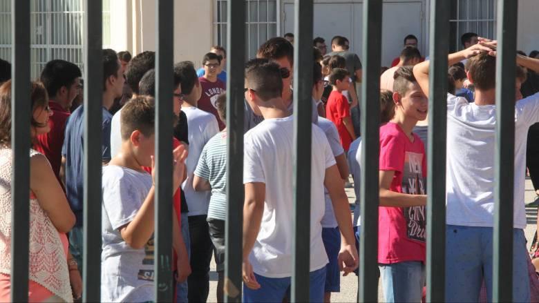 Αγώνας δρόμου στο Παιδείας για να είναι έτοιμα τα δημοτικά στις 12 Σεπτεμβρίου