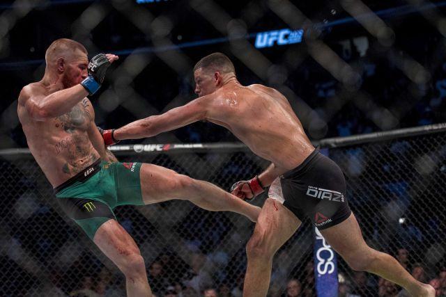 2016 08 21T052255Z 734627344 NOCID RTRMADP 3 MMA UFC 202 DIAZ VS MCGREGOR 2
