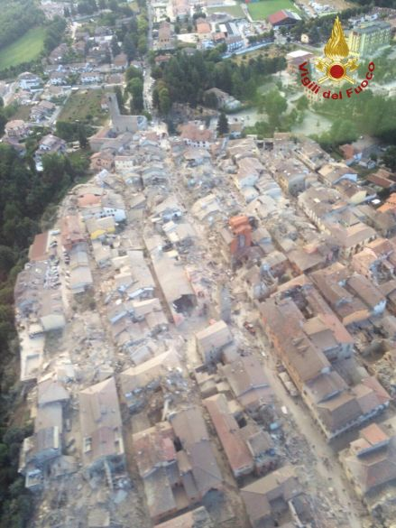 2016 08 24T060252Z 5371081 S1BETXFQGYAA RTRMADP 3 ITALY QUAKE