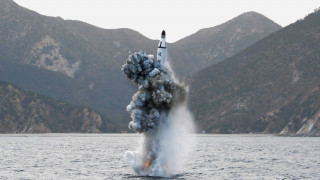 Βαλλιστικό πύραυλο από υποβρύχιο εκτόξευσε η Βόρεια Κορέα (vid)