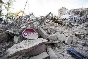 Εικόνες από τις πόλεις που εξαφάνισε ο Εγκέλαδος