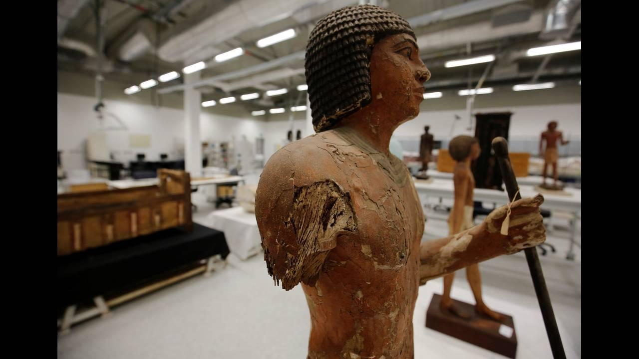 https://cdn.cnngreece.gr/media/news/2016/08/24/43871/photos/snapshot/EGYPT-MUSEUMS-ARTIFACTSREUTERSAmr-Abdallah-Dalsh10.jpg