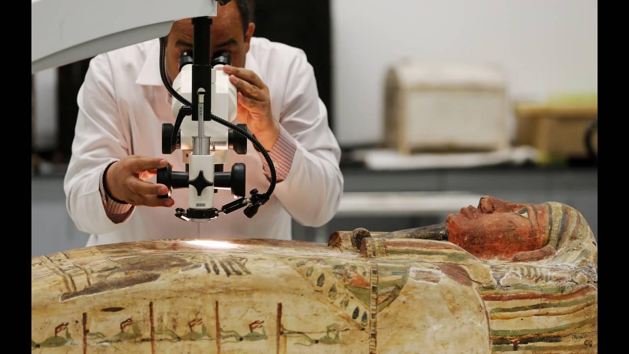 https://cdn.cnngreece.gr/media/news/2016/08/24/43871/photos/snapshot/EGYPT-MUSEUMS-ARTIFACTSREUTERSAmr-Abdallah-Dalsh3.jpg