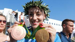 Γιατί θα λείπει η Άννα Κορακάκη από τη συνάντηση του ΠτΔ με τους Ολυμπιονίκες