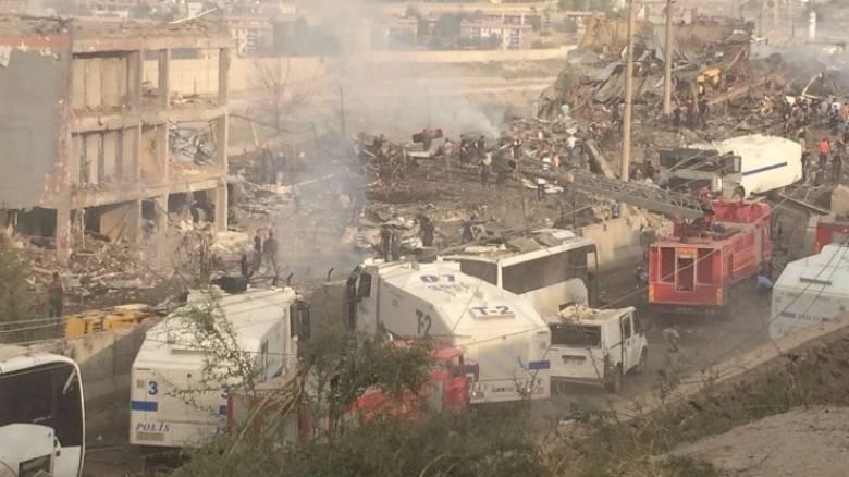 Ισχυρή έκρηξη με νεκρούς και τραυματίες στην Τουρκία