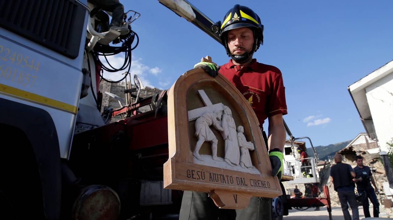 Σεισμός Ιταλία: Σβήνουν και οι τελευταίες ελπίδες για επιζώντες
