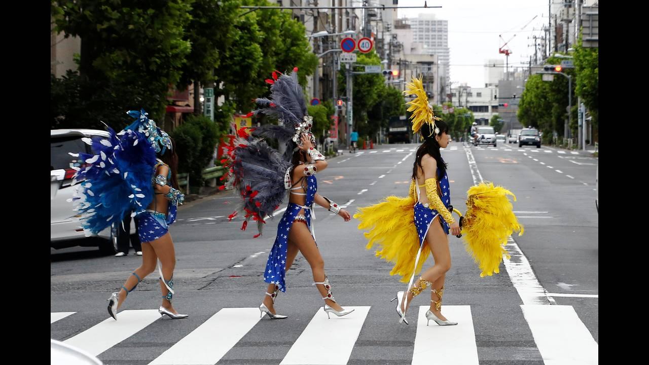 https://cdn.cnngreece.gr/media/news/2016/08/27/44164/photos/snapshot/JAPAN-FESTIVAL-SAMBAREUTERSKimKyung-Hoon9.jpg