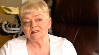 Η γυναίκα που προσπαθεί να αποδείξει ότι δεν είναι νεκρή