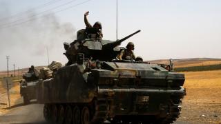 Συρία: Συγκρούσεις τουρκικών αρμάτων μάχης με Κούρδους