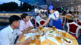 Το… Oktoberfest της Άπω Ανατολής: Το πρώτο φεστιβάλ μπύρας στη Βόρεια Κορέα