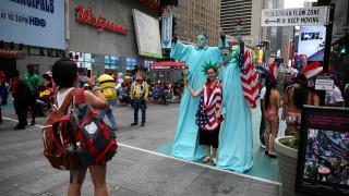 Οι ΗΠΑ υποδέχονται τον 10.000ό πρόσφυγα από τη Συρία