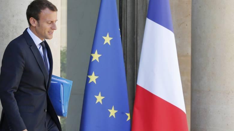 Παραιτείται ο υπουργός Οικονομικών της Γαλλίας Εμανουέλ Μακρόν