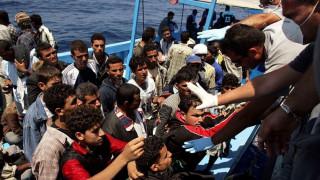 Die Welt: Ένας στους 85 πρόσφυγες χάνει τη ζωή του κατά τον διάπλου της Μεσογείου