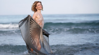 Sonia Bergamasco: Η αναδυόμενη Αφροδίτη της... Ιταλίας