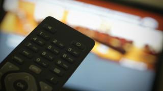 Τηλεοπτικές άδειες: Περιμένοντας τον «λευκό καπνό»