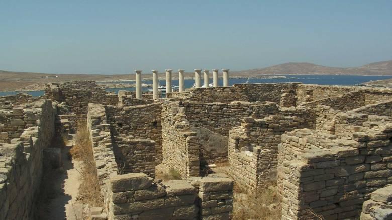 Το αρχαίο θέατρο της Δήλου λειτουργεί ξανά μετά από 2000 χιλιάδες χρόνια
