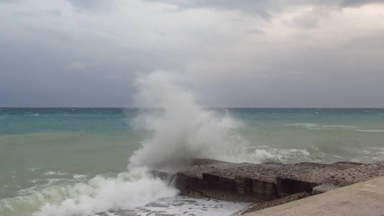 «Ποδαρικό» με μπόρες, καταιγίδες και βοριάδες κάνει ο Σεπτέμβριος