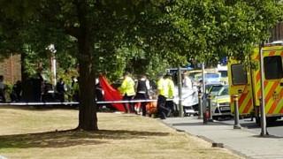 Λονδίνο: Αυτοκίνητο το οποίο καταδίωκε η αστυνομία έπεσε πάνω σε πεζούς - Δύο νεκροί