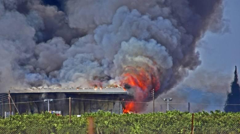 Ναύπλιο: Φωτιά σε εργοστάσιο