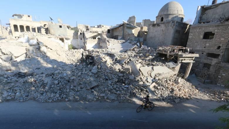 Συρία: Τουλάχιστον 17 νεκροί από σφοδρές αεροπορικές επιδρομές