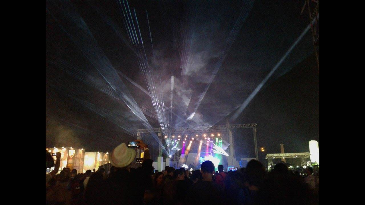 https://cdn.cnngreece.gr/media/news/2016/09/01/44808/photos/snapshot/belgrade-concert.jpg
