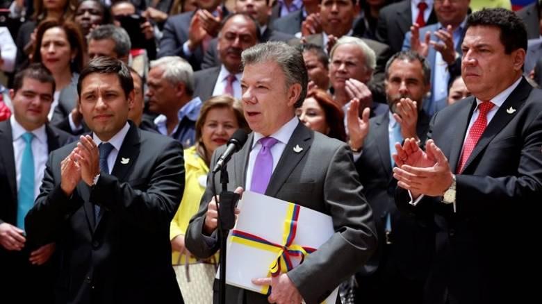 Κολομβία: Στις 26/09 η επικύρωση της συμφωνίας ανάμεσα σε κυβέρνηση και FARC