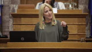 Ρ. Δούρου: Να αναλάβουν οι Δήμοι τη διαχείριση των απορριμμάτων