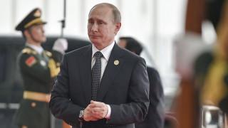 Πούτιν: Νωρίς να μιλάμε για προεδρικές εκλογές
