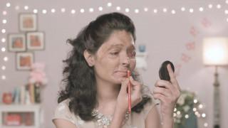 Reshma Qureshi: από θύμα επίθεσης με οξύ, ηρωίδα στην Εβδομάδα μόδας της Νέας Υόρκης